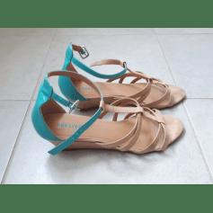 Sandales compensées Forever 21  pas cher