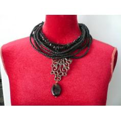 Pendentif, collier pendentif Césarée  pas cher