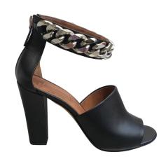 Absatzsandalette Givenchy