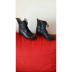 Bottines & low boots motards Unisa  pas cher