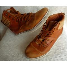 Lace Up Shoes Supra