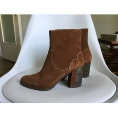 Bottines & low boots à talons Tamaris  pas cher