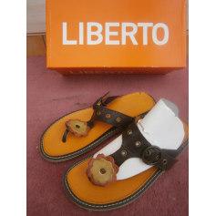 Sandales plates  Liberto  pas cher