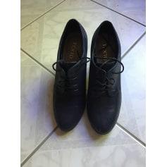 Bottines & low boots à talons Texto  pas cher