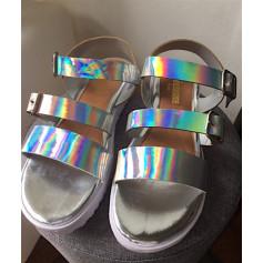 Sandales plates  Sinéquanone  pas cher