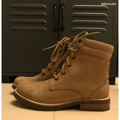Bottines & low boots plates TBS  pas cher