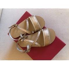 Sandales Bonpoint  pas cher