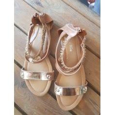Sandales plates  Nio Nio  pas cher