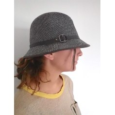 Chapeau Urban Outfitters  pas cher