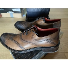 Chaussures à lacets Ghost  pas cher