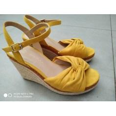 Sandales compensées Promod  pas cher