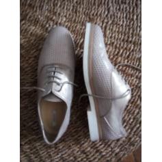 Chaussures à lacets  Geox  pas cher