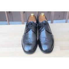 Chaussures à lacets Crockett & Jones  pas cher