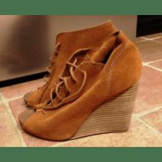 Sandales compensées Esprit  pas cher