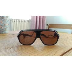 Sunglasses Essilor