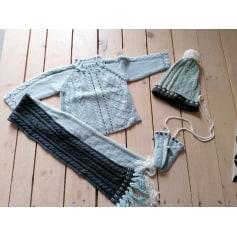 Sweater Confetti