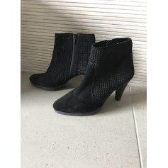 Bottines & low boots à talons Pier One  pas cher