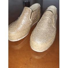 Chaussures de sport MTNG  pas cher