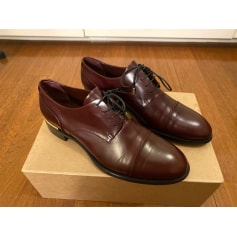 Chaussures à lacets  Louis Vuitton  pas cher