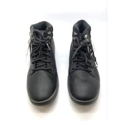 Lace Up Shoes Cat
