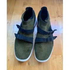 Baskets Nike Air  pas cher