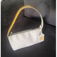 Handtasche Leder Fendi