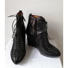 Bottines & low boots à compensés Givenchy  pas cher