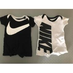 Body Nike  pas cher