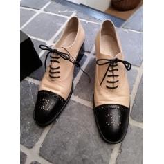 Chaussures à lacets  Chanel  pas cher