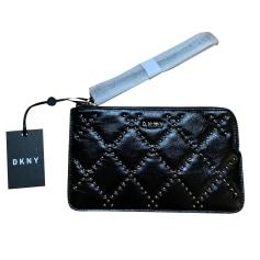 Sac pochette en cuir DKNY  pas cher