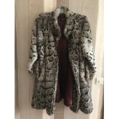 Manteau en fourrure Galeries Lafayette  pas cher