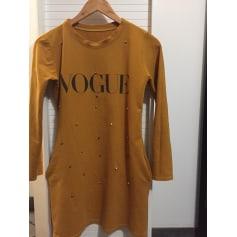 Robe courte Vogue  pas cher
