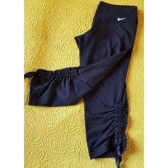 Pantacourt, corsaire Nike  pas cher