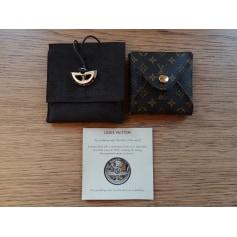 Anhänger, Halsketten mit Anhänger Louis Vuitton