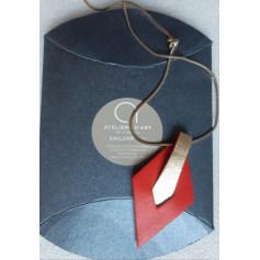 Halsketten Atelier artisanal