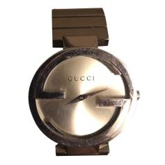 Montre au poignet Gucci  pas cher