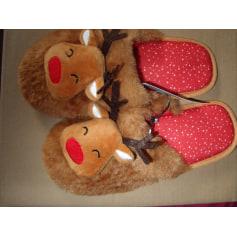 Hausschuhe, Pantoffeln RENNES  de Noel