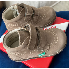 Chaussures à scratch Kickers  pas cher