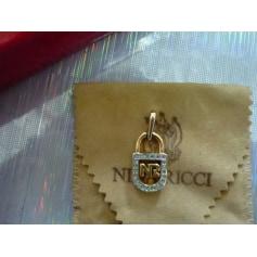 Pendentif, collier pendentif Nina Ricci  pas cher
