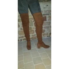 Thigh High Boots Parallèle