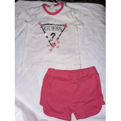 Shorts Set, Outfit Guess