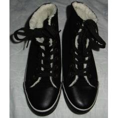 Chaussures à lacets  Philosophy  pas cher