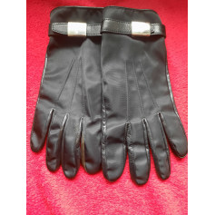 Gloves Prada