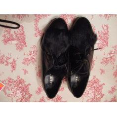 Chaussures à lacets  SABRINAS  pas cher