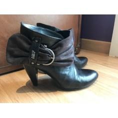 Bottines & low boots à talons Miss Sixty  pas cher