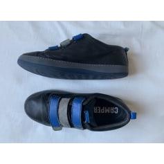 Schuhe mit Klettverschluss Camper