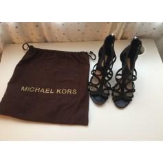 Escarpins à bouts ouverts Michael Kors collection  pas cher
