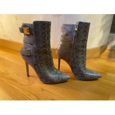 Bottines & low boots à talons Guess By Marciano  pas cher