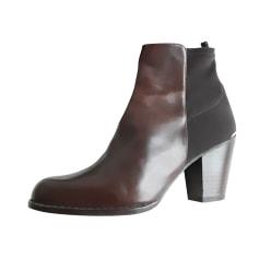 Bottines & low boots à talons Stuart Weitzman  pas cher