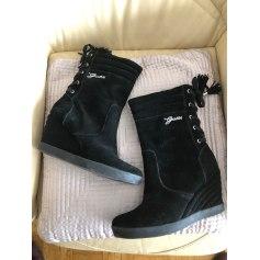 Bottines & low boots à compensés Guess  pas cher